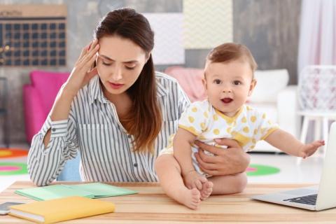 Легко ли быть современной мамой? Смешной текст от мамы про ГВ, слинги и консультантов