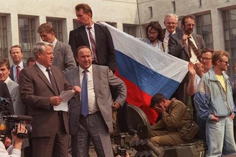 Как Ельцин отчитался Бушу о …
