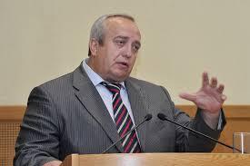 Канада прямо выступила против Минских соглашений — Клинцевич о поставках летального оружия Украине