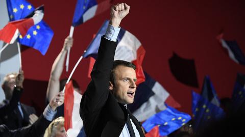 Официально: Макрон набрал 66,1% голосов на выборах во Франции