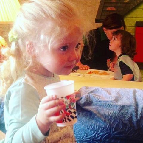 То, что СМИ заметили на фото 3-летней дочери Пугачевой, поистине удивляет...