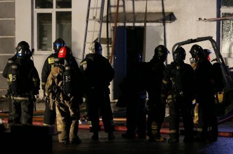 В Москве сгорел склад, погиб…