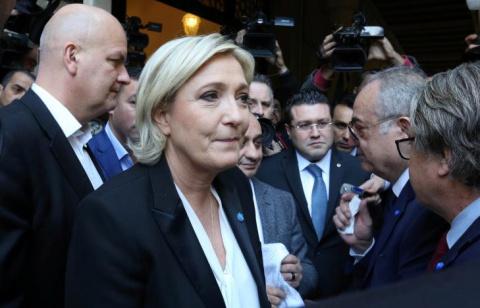 Марин Ле Пен отказалась покрыть голову для встречи с верховным муфтием Ливана