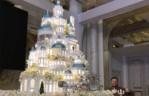 Российский кондитер изготовил торт стоимостью 179 000$ для свадьбы