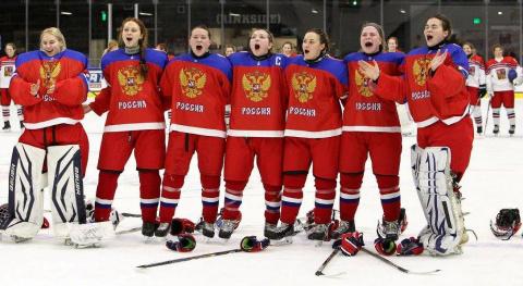 Российские хоккеистки заставили смолкнуть трибуны, освиставшие нашгимн (ВИДЕО)