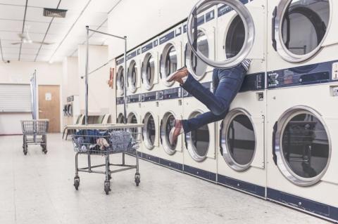 Главная причина, почему американцы стирают вещи в прачечных, а не дома