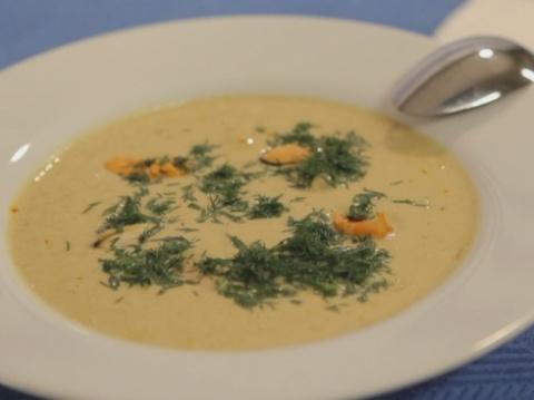 Сытный суп-пюре с мидиями