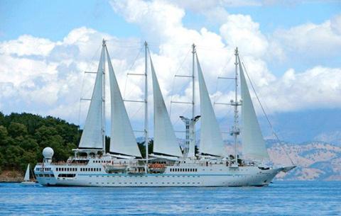 Круизная индустрия сделала заявления, что кругосветные путешествия лучше совершать на малых кораблях