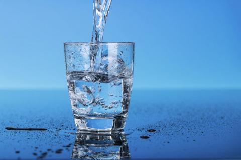 6 мифов о воде, в которые по…