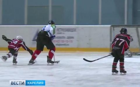 Отцы и дети на хоккейном матче устроили шоу с шуточной потасовкой