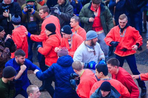 «Доходит до паранойи»: британские СМИ выдали масленичные бои в Москве за фанатские драки