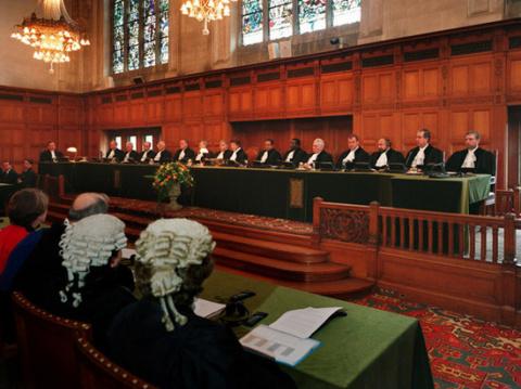 На суде Украины против Росси…