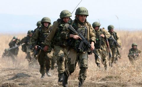 Путин подписал закон о военн…