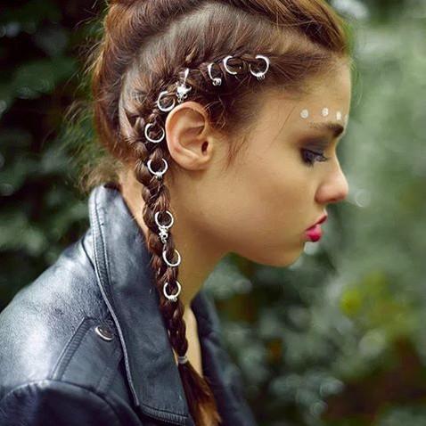 Новый hair-тренд: пирсинг для волос