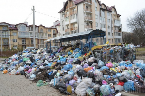 Во Львове из-за мусорной кат…