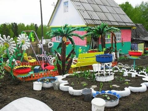 Детская площадка на даче. Ай…