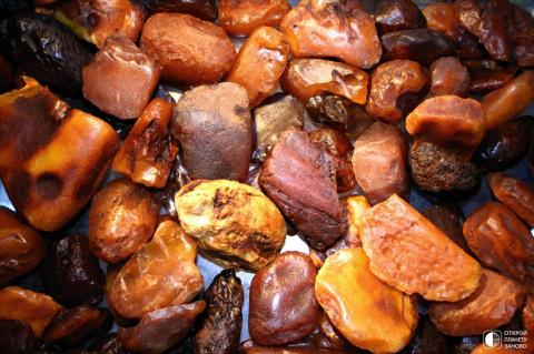 Янтарь - солнечный камень