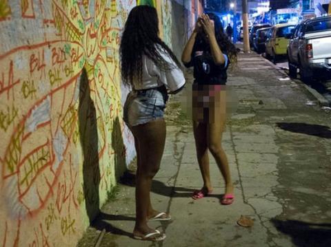 Сексуальное рабство черных п…