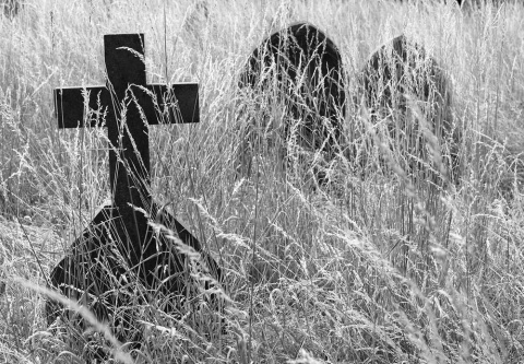 Кладбищенская история: Латви…