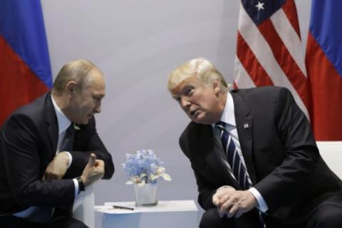СМИ: Трамп больше доверяет П…
