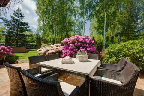 Как организовать садовые работы, чтобы они были похожи на отдых