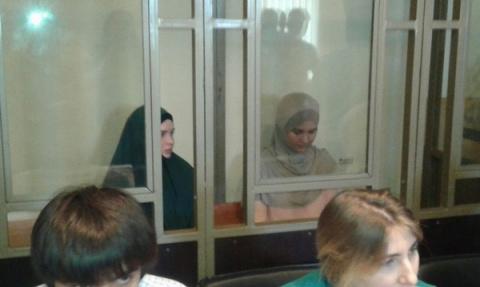 Две красивые девахи хотели взорвать в Ростове-на-Дону торговый центр