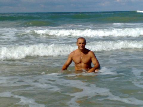Александр Лагуткин