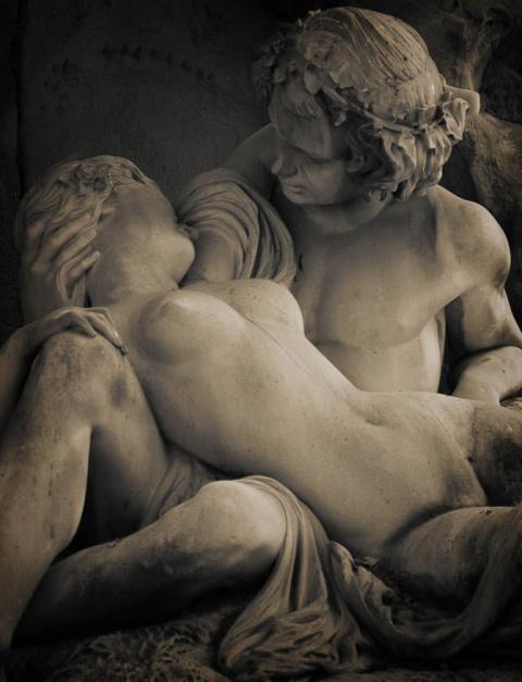10 самых чувственных скульпт…