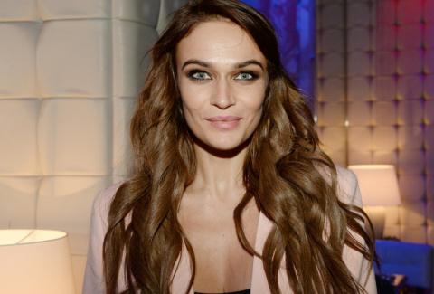 Алена Водонаева вообразила себя красоткой?