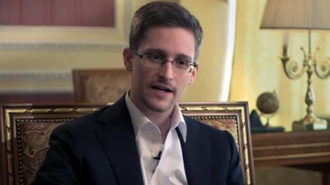 Эдвард Сноуден продолжает ра…