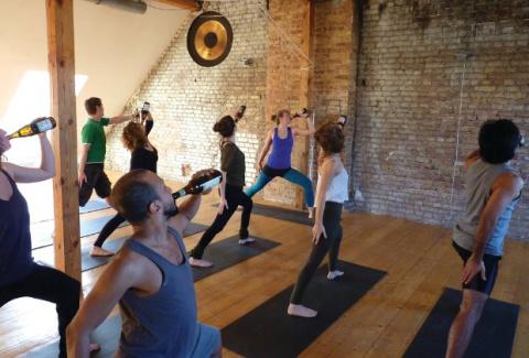 Вот это по-нашему — пивная йога покоряет мир
