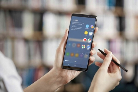 Флагман Samsung Galaxy Note 8 официально продается в России