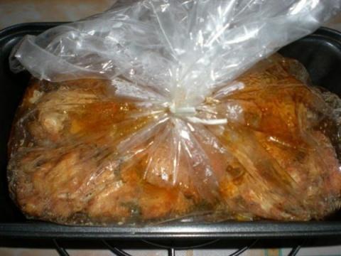 Изумительно красивое и вкусное мраморное мясо в желатиновой оболочке. Просто и эффектно!