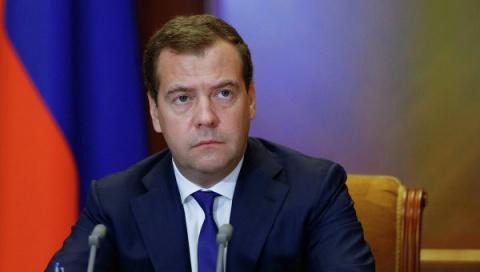 Медведев не ждет отмены запа…