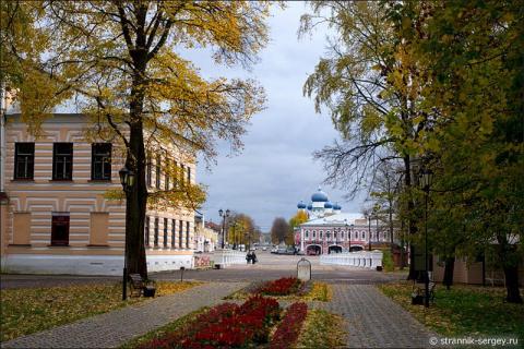 Фотопутешествие по древнему городу золотой осенью