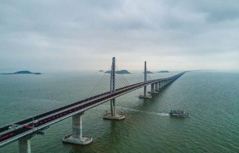 В Китае завершается строител…