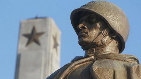 Жесткая реакция: как ответит Россия на снос советских памятников в Польше