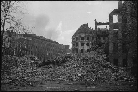 Горе побежденным: Руины Берл…