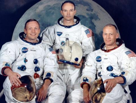 Высадка американцев на Луне:…