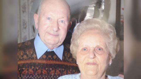 В Великобритании супруги скончались в один день после 77 лет брака