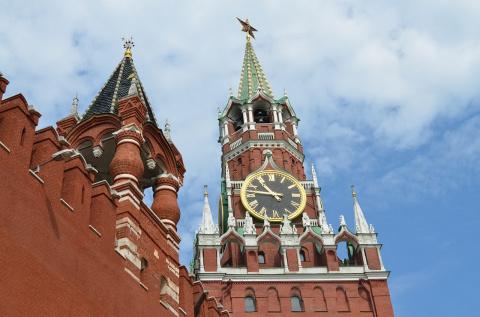 Москва должна искать ответ на санкции и новые реалии мировой политики. Ирина Алкснис