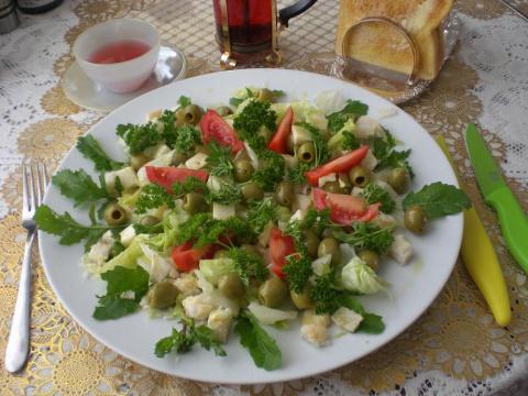 """Салат """"Вчерашний"""" и чай каркадэ. Третий день живой пищи. Рамзия"""