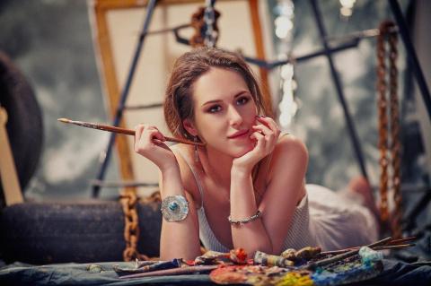 Как выжить с творческой женщиной )