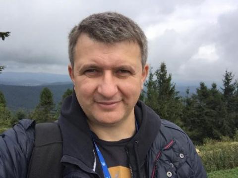 Журналиста Романенко выгнали…