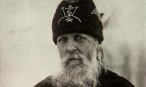 Монах, предсказавший войну в Донбассе, раскрыл, что ждет Россию и Украину