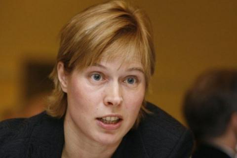 Президент Эстонии Керсти Кальюлайд призвала к готовности усилить НАТО в Прибалтике