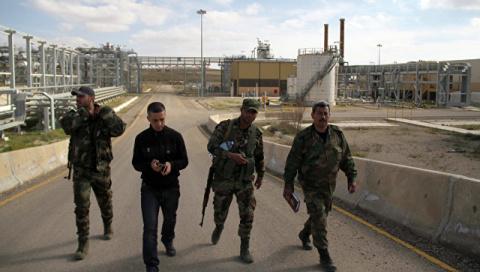Дамаск вернул контроль над четырьмя нефтяными полями в Ракке и Дейр-эз-Зоре