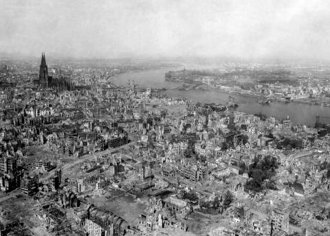 Сколько стоила Вторая мировая война ?