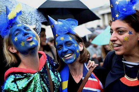 Спасет ли уход Меркель Европу? Тимофей Бордачев