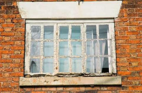 Как отреставрировать деревянные окна: пошаговая инструкция